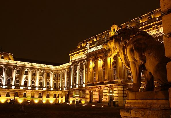 A Királyi Palotában múzeum és galéria található